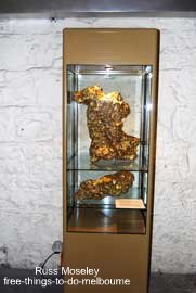 largest gold nugget in the world